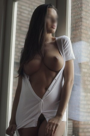 london escorts services big tits under sunlight